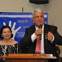 Carlos e Sônia repassam o bastão no Rotary em Goiatuba