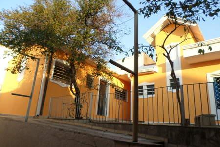 Esta imagem pode conter informações sobre Kitnets Mobiliados em Campinas SP - Pousada Residencial Jóias Preciosas - Kitnets Mobiliados em Campinas