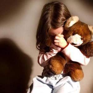 Idoso é preso por abusar da neta de 9 anos