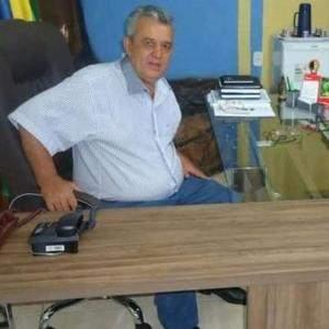 Ex-prefeito de Água Limpa morre por complicações de COVID
