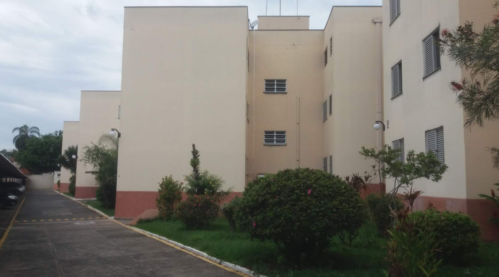Sobre esta imagem: A opção ideal para estudantes universitários que procuram um apartamento mobiliado com três dormitórios próximo a PUCCAMP II -