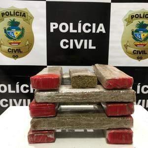 Jovem é preso por tráfico de drogas