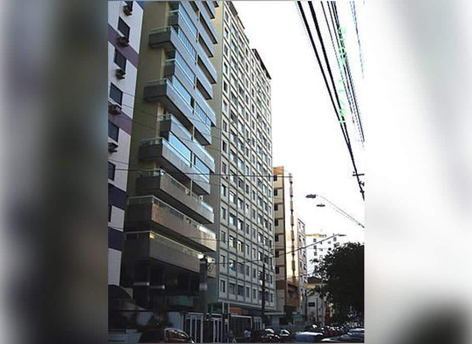 Sobre esta imagem: Apartamento Mobiliado com 1 Dormitório na região central de São Vicente: Fácil acesso as Universidades UNESP e UNIBR -