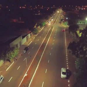 Prefeito Zezinho Vieira entrega iluminação de LED no Bananeiras